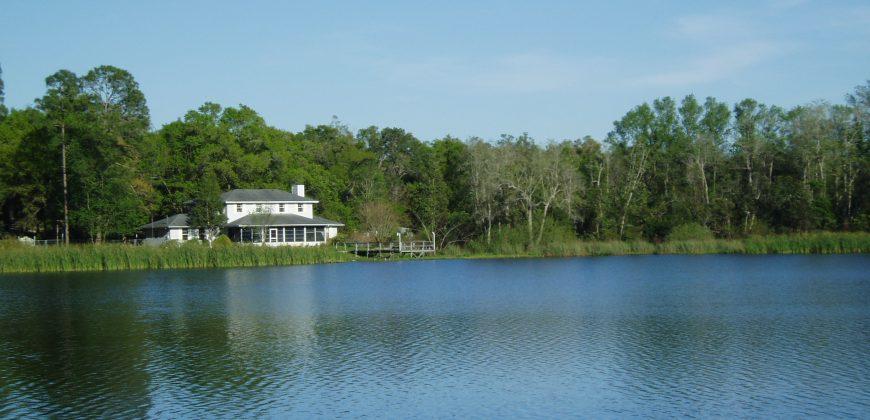 Strickland Road, Interlachen Florida, 32148