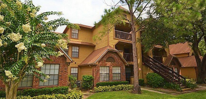 415 Lakepointe Dr UNIT 202, Altamonte Springs, FL 32701