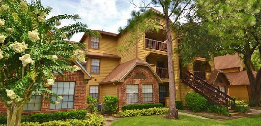 390 Lake Placid Ct UNIT 102, Altamonte Springs, FL 32701